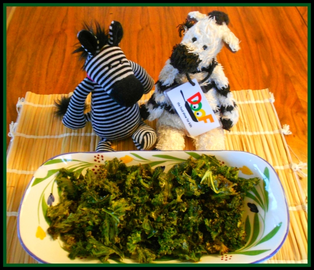 Just a little while in the oven worked a delicious magic. Presto: kale chips!