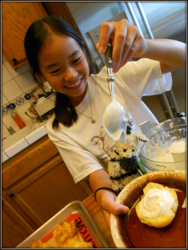 Filling choux pastries is tons of fun!